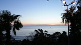 Άποψη θάλασσας νύχτας στον ορίζοντα απόθεμα βίντεο