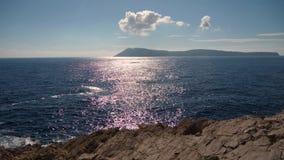 Άποψη θαλασσίων οριζόντων στο νησί απόθεμα βίντεο