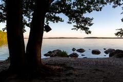 Άποψη λιμνών στο ηλιοβασίλεμα Στοκ Εικόνες