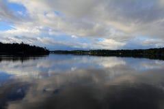 Άποψη λιμνών Στοκ φωτογραφίες με δικαίωμα ελεύθερης χρήσης