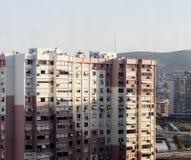 Άποψη και ψηλά κτίρια πόλεων στοκ εικόνες