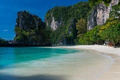 άποψη καρτών του νησιού της Hong στην Ταϊλάνδη στοκ φωτογραφίες
