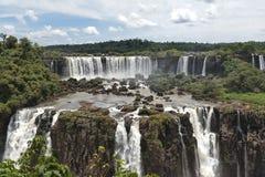 Άποψη καταρρακτών Iguazu από τη βραζιλιάνα πλευρά Στοκ φωτογραφίες με δικαίωμα ελεύθερης χρήσης