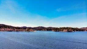 Άποψη κηφήνων που κοιτάζει προς το Arrowhead λιμνών χωριό Στοκ φωτογραφία με δικαίωμα ελεύθερης χρήσης