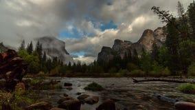 Άποψη κοιλάδων Yosemite φιλμ μικρού μήκους