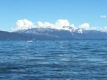 Άποψη κόλπων βουνών στοκ εικόνες
