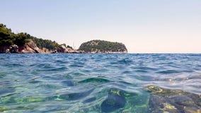 Άποψη κόλπων ενός νησιού της Ελλάδας απόθεμα βίντεο