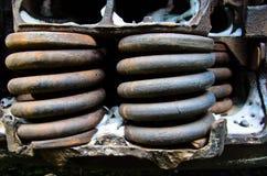 Άποψη λεπτομέρειας σχετικά με σκουριασμένα ελατήρια παλαιό boxcar Στοκ Εικόνες