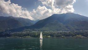 Άποψη λιμνών Garda στοκ εικόνες