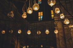 άποψη μέσα στο παλαιό μουσουλμανικό τέμενος στο Κάιρο, Αίγυπτος Στοκ φωτογραφία με δικαίωμα ελεύθερης χρήσης
