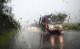 Άποψη μέσω του αλεξήνεμου της ισχυρής βροχερής ημέρας Στοκ Εικόνα