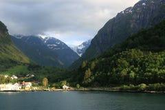 Άποψη μέχρι τον παγετώνα Folgefonna Στοκ Εικόνες