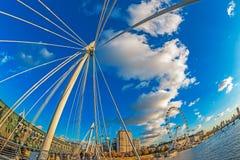 Άποψη με το μάτι του Λονδίνου από τις χρυσές γέφυρες ιωβηλαίου, Λονδίνο Στοκ Φωτογραφίες