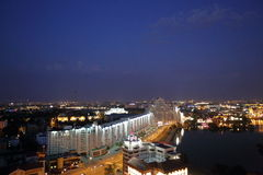 Άποψη νύχτας από τη γέφυρα παρατήρησης στο Μινσκ Στοκ Εικόνα
