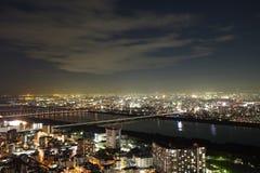 Άποψη νύχτας ουρανού και εικονικής παράστασης πόλης της Οζάκα Στοκ φωτογραφία με δικαίωμα ελεύθερης χρήσης