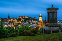 Άποψη νύχτας πέρα από το Εδιμβούργο στοκ εικόνα με δικαίωμα ελεύθερης χρήσης