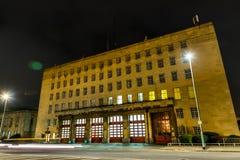 Άποψη νύχτας πυροσβεστικός σταθμός στο Ηνωμένο Βασίλειο του Νόρθαμπτον Στοκ εικόνες με δικαίωμα ελεύθερης χρήσης