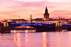 Άποψη νύχτας της Αγία Πετρούπολης, Ρωσία Στοκ εικόνα με δικαίωμα ελεύθερης χρήσης