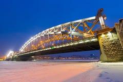 Άποψη νύχτας της γέφυρας Στοκ εικόνες με δικαίωμα ελεύθερης χρήσης