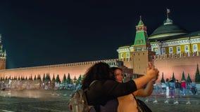 Άποψη νύχτας της κόκκινης πλατείας της Μόσχας, του μαυσωλείου Λένιν και του ρωσικού κυβερνητικού κτηρίου φιλμ μικρού μήκους