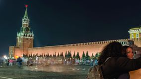 Άποψη νύχτας της κόκκινης πλατείας της Μόσχας, του μαυσωλείου Λένιν και του ρωσικού κυβερνητικού κτηρίου απόθεμα βίντεο