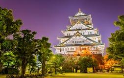 Άποψη νύχτας της Οζάκα Castle στην Ιαπωνία στοκ εικόνες με δικαίωμα ελεύθερης χρήσης