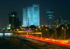 Άποψη νύχτας του Τελ Αβίβ, Ισραήλ. Στοκ Εικόνες