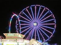 Άποψη νύχτας του αθλητικού φεστιβάλ νεολαίας του βόρειου Brunswick σε NJ ΗΠΑ Ð « Στοκ εικόνα με δικαίωμα ελεύθερης χρήσης