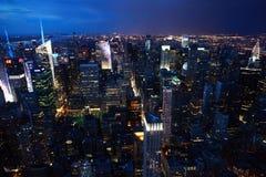 Άποψη νύχτας του Μανχάταν, πόλη της Νέας Υόρκης Στοκ φωτογραφία με δικαίωμα ελεύθερης χρήσης