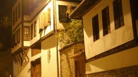 Άποψη νύχτας του παραδοσιακού οθωμανικού από την Ανατολία χωριού, Safranbolu, Τουρκία απόθεμα βίντεο