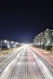 Άποψη νύχτας του τεντώματος του κύριου δρόμου Στοκ Φωτογραφία