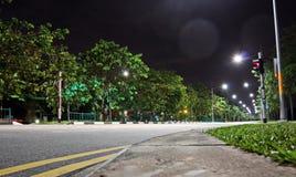 Άποψη νύχτας του χώρου στάθμευσης κοντά στο σταθμό βαρκών, Σιγκαπούρη jan 2018 στοκ εικόνες