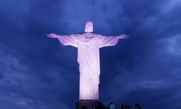 Άποψη νύχτας Χριστού ο απελευθερωτής στο Ρίο ντε Τζανέιρο Στοκ Φωτογραφίες