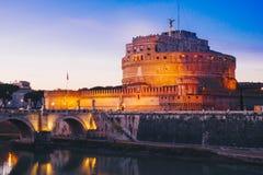 Άποψη νύχτας Sant ` Angelo Castle στη Ρώμη, Ιταλία Στοκ Εικόνες