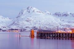 Άποψη νύχτας Valdez Αλάσκα Στοκ Φωτογραφίες