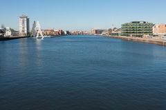 Άποψη ξεφαντωμάτων ποταμών Oberbaum Στοκ εικόνα με δικαίωμα ελεύθερης χρήσης