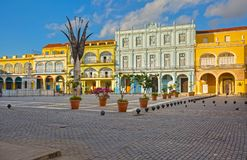 Άποψη ξημερωμάτων του Plaza Vieja στην Κούβα Στοκ εικόνες με δικαίωμα ελεύθερης χρήσης