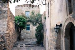 Άποψη οδών του medival κάστρου Monemvasia άνωθεν στοκ εικόνες