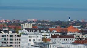 Άποψη οριζόντων του Αμβούργο από μια στέγη στοκ φωτογραφίες με δικαίωμα ελεύθερης χρήσης
