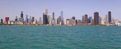 Άποψη οριζόντων του Σικάγου από τη λίμνη του Μίτσιγκαν Στοκ Φωτογραφία