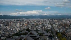 Άποψη ουρανού του στο κέντρο της πόλης Τόκιο που λαμβάνεται από τον πύργο άποψης ουρανού Η μητρόπολη του Τόκιο επεκτείνεται στον  στοκ φωτογραφία