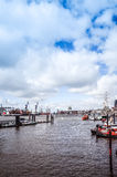 Άποψη οδών του κρουαζιερόπλοιου στο λιμάνι του Αμβούργο, Γερμανία Στοκ εικόνες με δικαίωμα ελεύθερης χρήσης