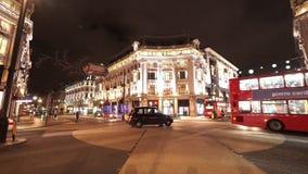 Άποψη οδών του μεγάλου πυροβολισμού νύχτας τσίρκων του Λονδίνου Οξφόρδη απόθεμα βίντεο