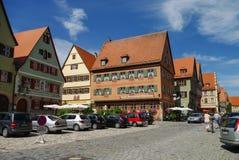 Άποψη οδών Dinkelsbuhl, μια από τις αρχετυπικές πόλεις στο Γ στοκ φωτογραφίες