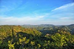 Άποψη πάνω από τα βουνά: Εθνικό πάρκο της Nao Nam, Ταϊλάνδη στοκ εικόνες με δικαίωμα ελεύθερης χρήσης