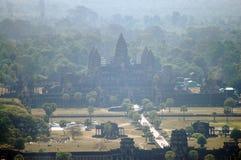 Άποψη πάνω από Angkor Wat στο πρωί στην πόλη Siemreap στην Καμπότζη στο πρωί Στοκ Εικόνες