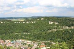 Άποψη πέρα από την πόλη Lichtenstein από Lichtenstein Castle, Γερμανία Στοκ Φωτογραφία