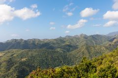Άποψη πέρα από την του Alejandro de Humboldt περιοχή του Γκουαντανάμο Κούβα National πάρκων Περιοχή παγκόσμιων κληρονομιών της ΟΥ στοκ εικόνα