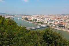 Άποψη πέρα από τη Βουδαπέστη και τη γέφυρα της Elisabeth, Ουγγαρία Στοκ Φωτογραφίες