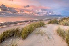 Άποψη πέρα από τη Βόρεια Θάλασσα από τον αμμόλοφο Στοκ φωτογραφία με δικαίωμα ελεύθερης χρήσης